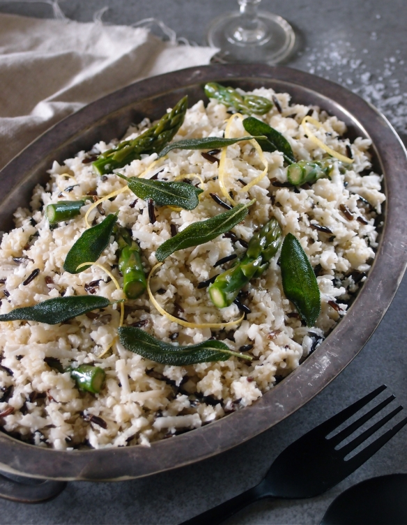 Cauliflower and asparagus 'risotto'
